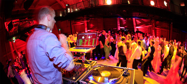What Does A Wedding DJ Actually Do? | Mp3poolonline com