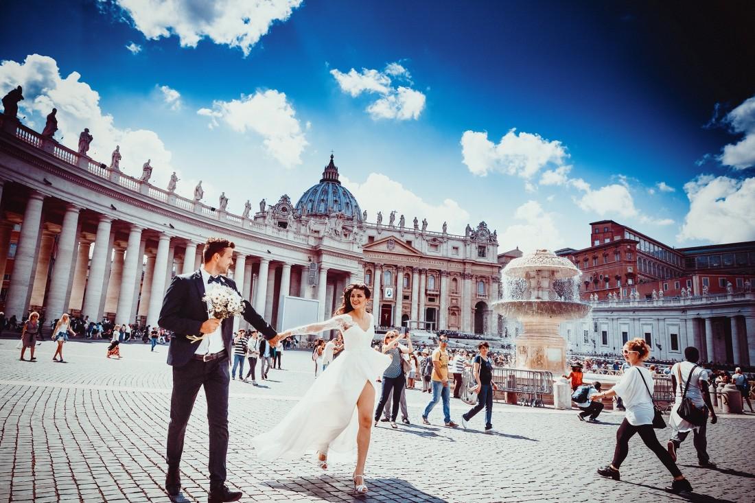 Wedding Couple in Europe
